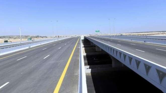 دُبئی : دو اہم شاہراہوں سے منسلک زیر تعمیر روڈ جون میں تکمیل ہو جائے ..