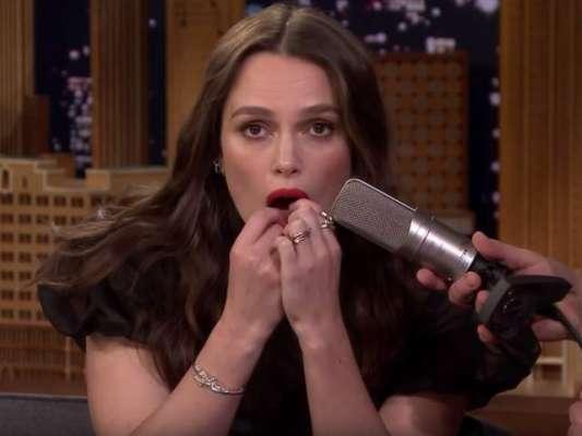 ہالی وڈ اداکارہ نے ساز کی جگہ دانت بجاڈالے