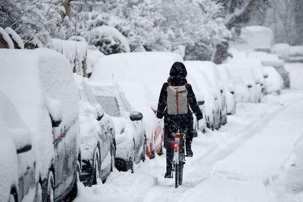 یورپ میں شدید برف باری، سردی اوربرفانی تودے گرنے سے 17 افراد ہلاک