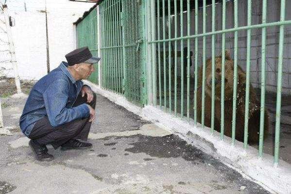 قازقستان کی 730 قیدیوں کی جیل میں عمر قید کی سزا کاٹنے والی انوکھی قیدی