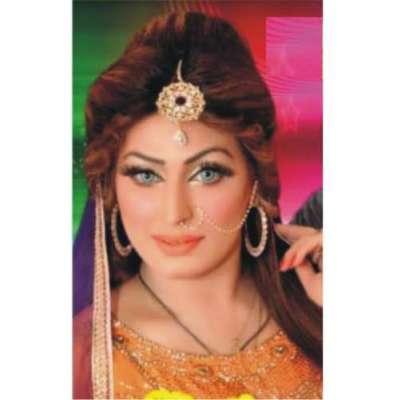 شالیمار تھیٹر میں آشا چوہدری نے ''ڈیرا عاشقاں دا ''سجا دیا شائقین ..