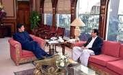 عمران خان چودھری آف گجرات سے بہت زیادہ تنگ ہیں