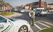 ابوظبی میں دوران ڈرائیونگ حفاظتی بیلٹ نہ باندھنے والوں کی شامت آ گئی