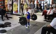 روس کا سب سے زیادہ طاقتور بچہ 11 سال کی عمر میں 100 کلوگرام وزن اٹھا سکتا ..