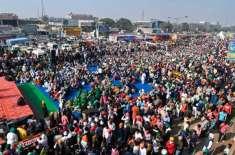 بھارت میں کسانوں کے احتجاج میں شدت، ڈٹے رہنے کا اعلان
