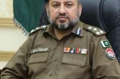 سی ٹی او لاہور کے احکامات پر سٹی ٹریفک پولیس نے فردوس مارکیٹ انڈر پاس ..