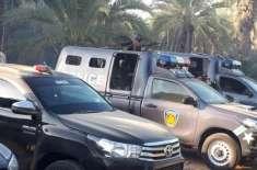سندھ پولیس کی کچے میں کارروائی، 7 ڈاکو ہلاک، گولہ بارود برآمد