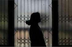 شوہر کیلئے تعویذ لینے آئی خاتون کیساتھ اجتماعی زیادتی