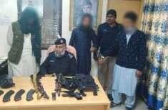 پشاور پولیس نے  تازہ ترین کارروائیوں میں  منشیات فروش اور اسلحہ سمگلرز ..