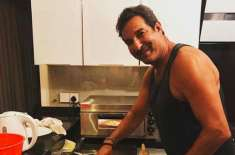Wasim Akram became chef during Corona Lockdown
