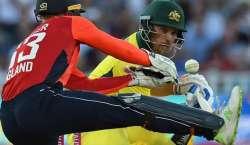 انگلینڈ اور آسٹریلیا کی کرکٹ ٹیموں کے درمیان ون ڈے سیریز کا پہلامیچ ..