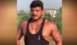 قومی کبڈی کھلاڑی کی شادی میں نوجوان اپنی ہی گولی سے ہلاک