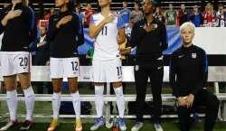امریکی فٹبالرز کو قومی ترانے کے دوران نسل پرستی کے خلاف احتجاج کی اجازت