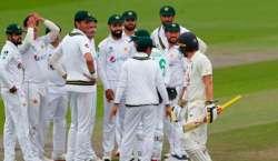 پاکستان اور انگلینڈ کے درمیان دوسرے ٹیسٹ میچ کے تیسرے روز کا کھیل بارش ..