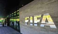 کورونا وبا، فٹبال کے 2 عالمی مقابلے ملتوی ہونیکا امکان