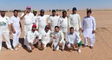 القصیم کے شہر بریدہ میں جاری ٹی ٹین کرکٹ ٹورنامنٹ میں گزشتہ روز دو سیمی ..