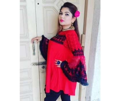 گلوکارہ وفا شہزادی نے صحتیابی کے بعد اپنے نئے گانوں کی ریکارڈنگز کا ..