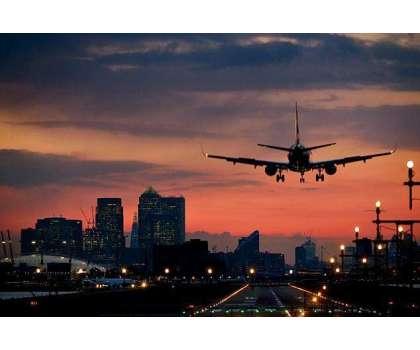 امریکا کا ویکسین شدہ برطانوی اور یورپی شہریوں پر سے سفری پابندیاں اٹھانے ..