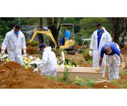 دنیا بھر میں کورونا سے اموات کی تعداد بڑھ گئی