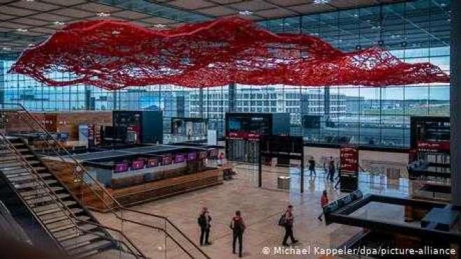 آخر کار برلن کا نیا ہوائی کُھل گیا