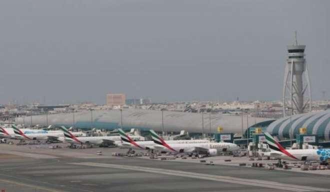 متحدہ عرب امارات نے تمام اندرونی و بیرونی پروازوں پر پابندی عائد کر ..