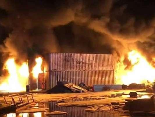 متحدہ عرب امارات کے علاقے ام القیوین میں خوفناک آتشزدگی، ریسکیو آپریشن ..