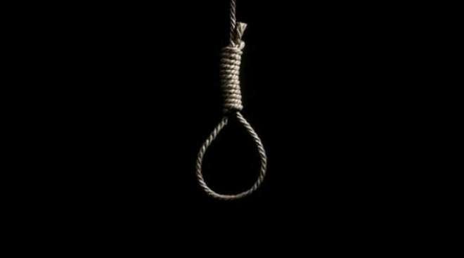 ایران میں خاتون کو انتقال کر جانے کے باوجود تختہ دار پر لٹکا دیا گیا