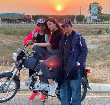 ماہرہ خان نے فلم''قائد اعظم زندہ باد'' کے لیے موٹر سائیکل چلانے کی ..