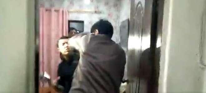 وزیراعلیٰ سندھ کا صحافی اقرارالحسن پر تشدد کا نوٹس، پولیس اہلکار گرفتار
