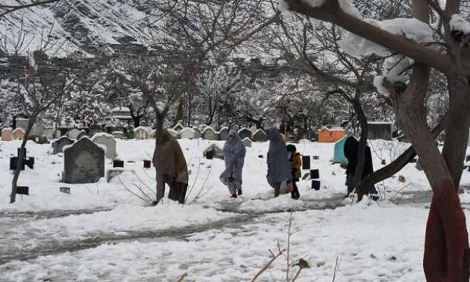 ملک بھر میں شدید بارشوں، برفباری سے 70 افراد جاں بحق ہوچکے ہیں . این ڈی ..