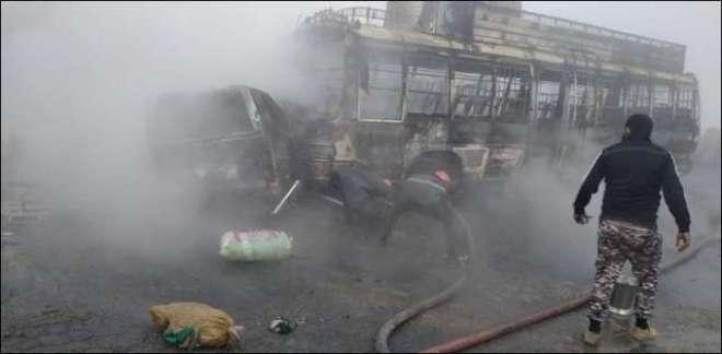 شیخوپورہ کے قریب بس اور وین میں تصادم، 13 افراد جاں بحق، پندرہ زخمی