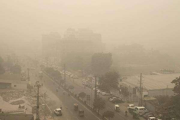 لاہور فضائی آلودگی کے حوالے سے دنیا میں پہلے نمبر پر آگیا