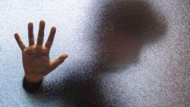 خانیوال میں4 ملزمان کی 16 سالہ لڑکے کے ساتھ اجتماعی زیادتی