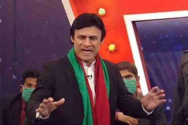 عمران خان (ڈمی) کاکردار ادا کرنے والے اداکار فرخ شاہ انتقال کر گئے