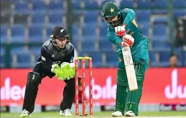 پاکستان اور نیوزی لینڈ کے درمیان سیریز تماشائیوں کی موجودگی میں کھیلی ..