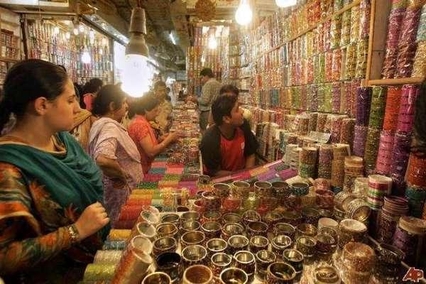عید شاپنگ عروج پر پہنچتے ہی جیب تراشی کی وارداتوں میں بھی اضافہ ہو گیا ..
