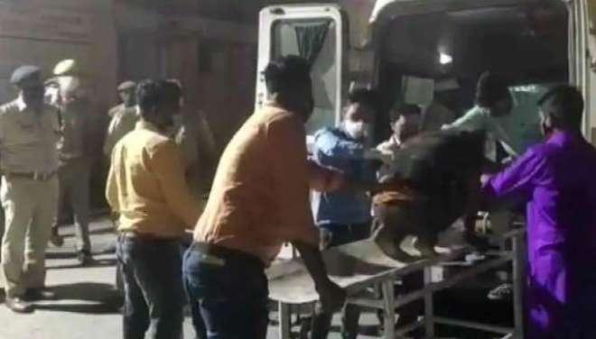 بھارت ، اتر پردیش میں بس اور کارکے درمیان تصادم ، 8 افراد ہلاک ، 30 زخمی