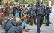 بیلجیئم میں کورونا پابندی کیخلاف احتجاج، مظاہرین پر کالی مرچ کا اسپرے