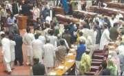 قومی اسمبلی میں شدید ہنگامہ آرائی، تحریک انصاف کی ملیکہ بخاری زخمی ..