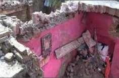 لاہور؛ خستہ حال مکان کی چھت گرگئی، 13 سالہ بچی سمیت 2 افراد جاں بحق