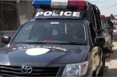 جامشورو سے کراچی آ کر چرس فروخت کرنے والے 6 سی آئی اے اہلکار گرفتار