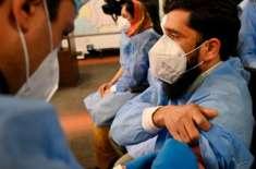 پاکستان نے ایک دن میں کورونا ویکسین لگانے کا نیا ریکارڈ قائم کردیا