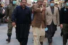 ڈپٹی کمشنر جہلم ،ڈسٹرکٹ پولیس آفیسر کا تاجروں کے ہمراہ شہر کے بازاروں ..