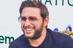 برطانوی ہائی کمشنر کی'رومن اردو'میں آفریدی کو مبارکباد