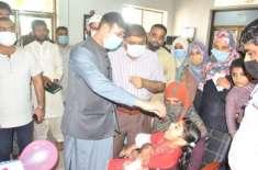 ڈپٹی کمشنر راو پرویز اختر نے ڈسٹرکٹ ہیڈکواٹر ہسپتال کی چائلڈ وارڈ میں ..