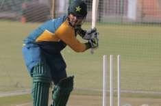 پہلا ٹی ٹونٹی،شرجیل خان کو آج موقع نہ دینے کا فیصلہ