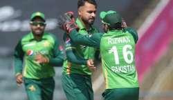 چوتھا ٹی ٹونٹی، جنوبی افریقہ کا پاکستان کو جیت کے لیے 145 رنز کا ہدف