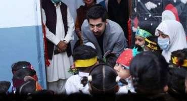 معروف سعودی بزنس مین نے پاکستان میں 60 لاکھ طلباء کو تعلیم دینے کا اعلان ..