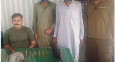 جہلم پولیس کا ناجائز اسلحہ رکھنے والوں کے خلاف کریک ڈاؤن جاری
