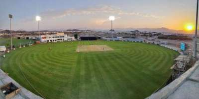 عمان : عالمی معیار کی پچ کیلئے بھارتی ماہرین بھی پاکستانی مٹی استعمال ..